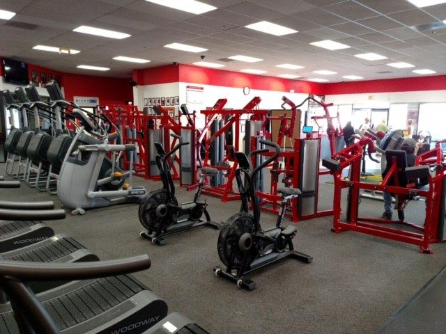 Photo from Desert Sports & Fitness Express Cardinal